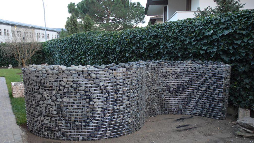 Muro da giardino ad S