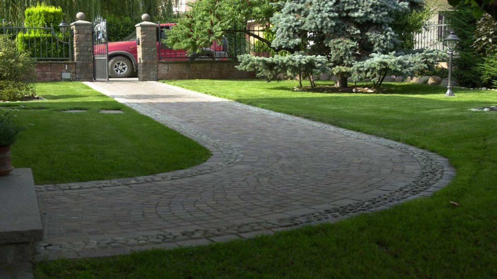 Pavimentazione con ciottoli naturali