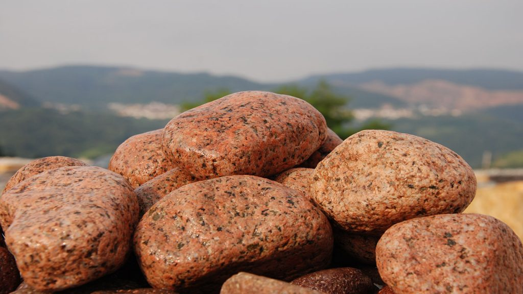 Ciottoli naturali granito pepe sale rosa