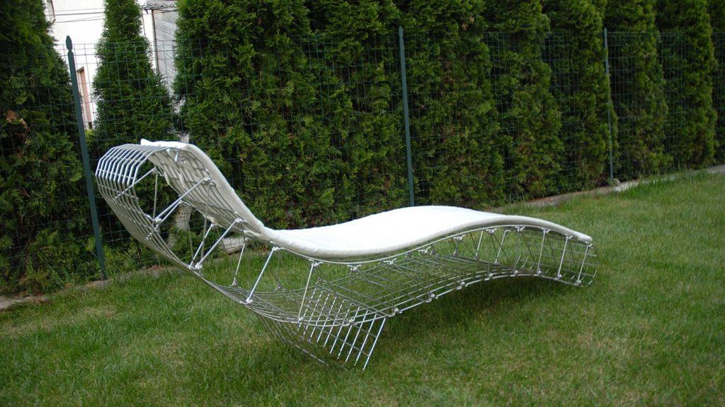 chaise loungue in acciaio inox