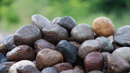 pebble-mixed-porphyry